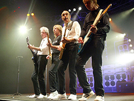 '80s - Status Quo     (Andy Bown, 2011)